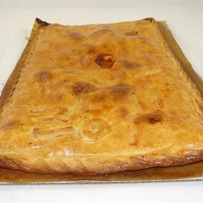 Empanada de zorza (carne de cerdo adobada)