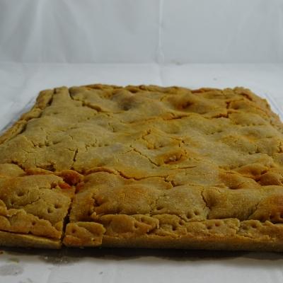 Empanada de maíz de xoubas (sardinillas)